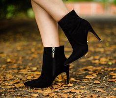 Es fácil agradar a una mujer. Basta ser un zapato! 👠 👢🙌   #Ecuador #envios a todo el país, WhatsApp 0988280404