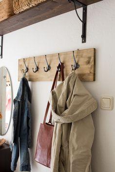 DIY | Garderobe selber bauen                                                                                                                                                      Mehr