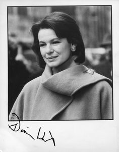 Dianne Wiest (a lasting impression: Hannah and Her Sisters, Radio Days, September, Edward Scissorhands, Bullets Over Broadway...)