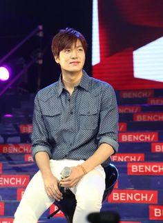 Lee Min Ho warns fans against 'Shanghai Concert Rumors' - http://www.movienewsguide.com/lee-min-ho-warns-fans-against-shanghai-concert-rumors/130213