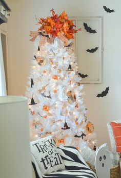 Make your white Christmas fantasies become a reality with the enchanting Winter White Christmas Tree. Shop Treetopia for white Christmas trees and more now. Halloween Christmas Tree, White Christmas Trees, Halloween Home Decor, Holiday Tree, Halloween House, Holidays Halloween, Diy Christmas Gifts, Halloween Crafts, Holiday Crafts