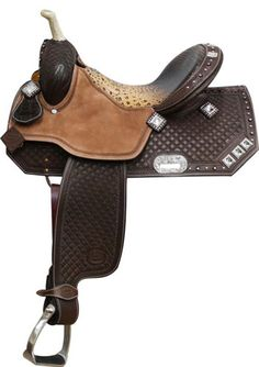 Showman Argentina Cow Barrel Saddle With Square Tooling | ChickSaddlery.com