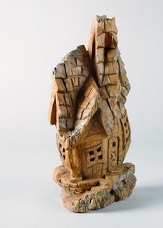 Bark Carving Whimsical Houses | Whimsical house that Dave carved at a Rick Jensen seminar.