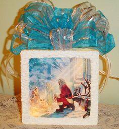 Love this scene Santa Pictures, Glass Blocks, Scene, Crafts, Craft Ideas, Painting, Nice, Art, Art Background