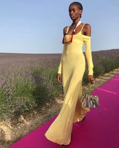Runway Fashion, High Fashion, Fashion Beauty, Fashion Show, Fashion Design, Fashion Trends, Street Fashion, Jacquemus, Runway Models