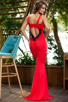Atmosphere Fashion Fashion Face, Backless, Formal Dresses, My Style, Dresses For Formal, Formal Gowns, Formal Dress, Gowns, Formal Wear