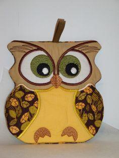 owl kitchen decor | Machine Embroidery Crafts: Kitchen Decor Owl Potholder