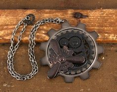 SteamPunk Cosplay Victorian Large Gear Brass Propeller Necklace, NEW SEALED