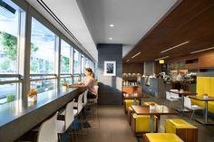 Дизайн кафе-пекарни-гастронома Giovane в Канаде