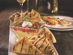 Fridays® Classic Mediterranean Hummus Appetizer