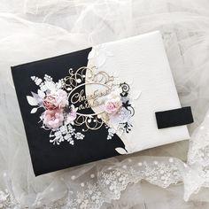 Wedding Album Books, Wedding Mini Album, Wedding Guest Book, Invitation Card Printing, Wedding Invitation Cards, Cool Paper Crafts, Wedding Cards Handmade, Mini Albums Scrap, Quilling Designs