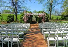 The Inn at Willow Grove blends the timeless elegance with colonial charm. Book your stay at our beautifully restored resort in Virginia today! Luxury Inn, Boxwood Garden, Brick Pathway, Willow Grove, Giant Tree, Wedding Planning, Wedding Ideas, Outdoor Venues, Timeless Elegance