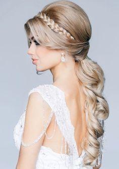 Romantische Frisur-haarband geflochten-Zopf Pferdeschwanz lockig-elegant