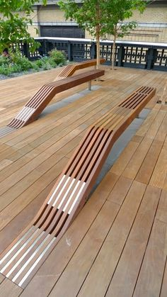 OffSomeDesign- Timber benches at the High Line in New York