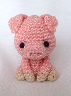 Super Design Ideas for Crochet Amigurumi Dolls Crochet Cowl Free Pattern, Crochet Pig, Crochet Baby Toys, Crochet Animal Patterns, Love Crochet, Amigurumi Patterns, Crochet Dolls, Crochet African Flowers, Crochet Bookmarks