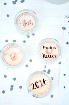 Einfache Bastelanleitung für Silvester Teelichter - Do It Yourself - Teelicht mit Botschaft von FraeuleinSelbstgemacht.de