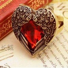 Kaunis vintage tyylinen sydän sormus
