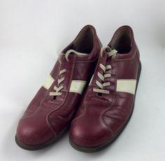 Mein Vintage Bowling-Schuhe in weinrot und Creme von Paul Green von Paul Green. Größe 40 für 35,00 €. Schau es dir an: http://www.kleiderkreisel.de/damenschuhe/halbschuhe/157192054-vintage-bowling-schuhe-in-weinrot-und-creme-von-paul-green.