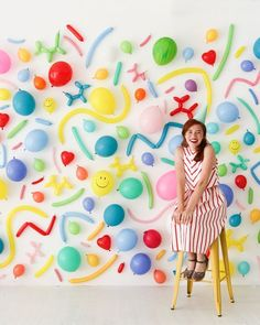 Balloon Wall Photo Booth—Oh Happy Day! Balloon Backdrop, Diy Backdrop, Balloon Decorations, Party Wall Decorations, Balloon Columns, Party Kulissen, Baby Party, Party Time, Party Ideas