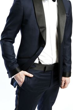 Mens street style fashion: Navy blue tuxedo suit with black satin collar lapel trim (mw)