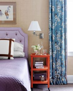 grass cloth in the bedroom! Home Decorating Trends 2013 - Design Trends for 2013 - House Beautiful Beautiful Bedrooms, Beautiful Homes, House Beautiful, Beautiful Images, Purple Headboard, Wallpaper Headboard, Wallpaper Decor, Estilo Interior, Purple Bedrooms