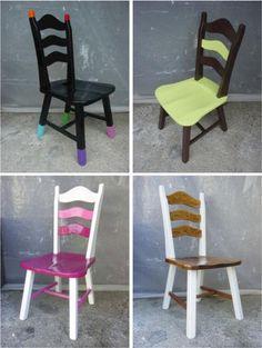 4-chaises-peintes-1.jpg