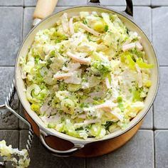 Recipe: Leek mash with cream cheese and chicken - Now that autumn is really a fact, I am looking forward to tasty stews but I wanted to try something - Good Healthy Recipes, Healthy Cooking, Cooking Recipes, I Love Food, Good Food, Yummy Food, Potato Dishes, Evening Meals, Winter Food