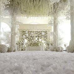 Instagram @Paulus Susanto   *On duty, today wed ceremony decor is amazing