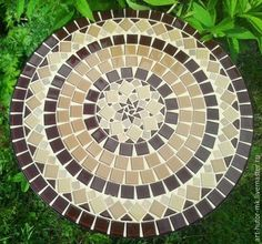 Marble Mosaic, Mosaic Art, Mosaic Glass, Stained Glass, Mosaic Flower Pots, Mosaic Garden, Mosaic Designs, Mosaic Patterns, Bottle Cap Table
