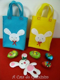 Saquinhos da Páscoa / Easter bags by A.casa.do.Guaxinim, via Flickr