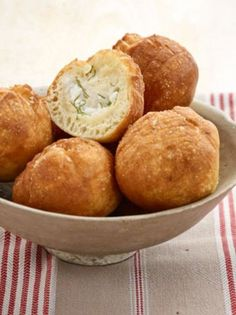 Σνακ Archives - Page 3 of 24 - www. Greek Dishes, Types Of Food, Cornbread, Muffin, Snacks, Vegetables, Cooking, Breakfast, Ethnic Recipes