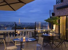 """La tête dans les nuages sur le nouveau rooftop du Terrass"""" Hôtel : http://buff.ly/1Madouf"""