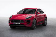 Porsche's midlevel 2017 Macan GTS packs a 360hp twin-turbocharged V6