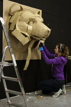 Esculturas House & Garden bangers sausage house and beer garden Cardboard Sculpture, Paper Mache Sculpture, Art Sculpture, Cardboard Crafts, Animal Sculptures, Paper Mache Mask, Paper Sculptures, Paper Mache Projects, Paper Mache Crafts