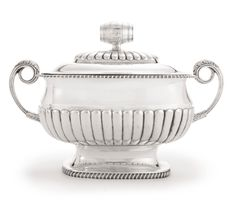 A George III silver soup tureen and cover of beer interest, Joseph Fearn, London, 1809 | Lot | Sotheby's