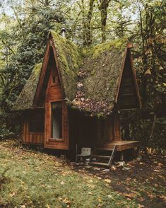 Fairy tale cabin in the woods (i.it) submitted by myshambar to /r/CozyPlaces 0 comments original - Architecture and Home Decor - Buildings - Bedrooms - Bathrooms - Kitchen And Living Room Interior Design Decorating Ideas - Witch Cottage, Cottage In The Woods, Cabins In The Woods, Garden In The Woods, Tiny Cabins, Cabins And Cottages, Forest House, Forest Cabin, Cabin Homes