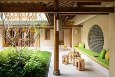 China Resort, Villa China - Six Senses Qing Cheng Mountain China Architecture, Interior Architecture, Interior And Exterior, Chinese Courtyard, Chinese Garden, Cabana, Best Boutique Hotels, Roof Design, House Design