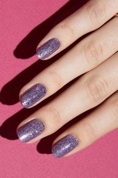 7 Reasons I'm Trying Glitter Polish ASAP
