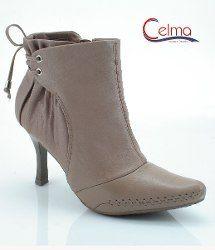 Bota cano curto ankle boot Ramarim total conforto