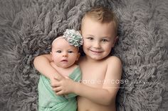 Caralee Case Photography ~ Idaho Falls, ID newborn infant and baby photographer.  #newbornphotography #siblings