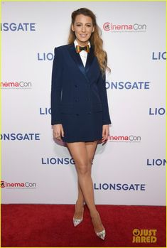 Blake Lively at 'A Simple Favor' Screening at CinemaCon 2018. Blake is wearing a Sonia Rykiel blue blazer dress, an Aritzia shirt, and a Brackish bow-tie.
