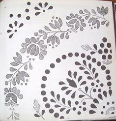 A már említett Lengyel Györgyi: Kalocsai virágok című könyvből válogattam pár mintát: