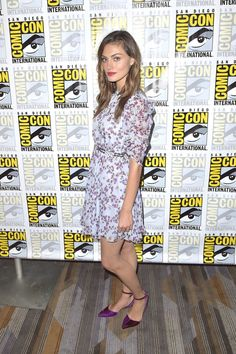 Phoebe Tonkin in Giamba Resort 2017 at The Originals Press Line at Comic-Con International 2016 in San Diego - Fashnberry