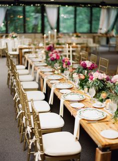 sophisticated reception table, photo by Hunter Photographic http://ruffledblog.com/chagrin-falls-wedding #weddingideas #receptions