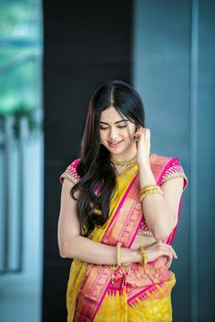 Adah Sharma cute and hot bollywood item Indian actress model unseen latest very beautiful and sexy wedding smile images of her body curve so. Beautiful Girl Photo, Beautiful Girl Indian, Most Beautiful Indian Actress, Beautiful Saree, Beautiful Actresses, Gorgeous Women, Gorgeous Lady, Beautiful Models, Indiana