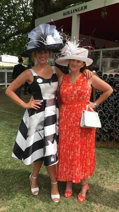 Sharon and Mary Rose in Dress-2-Impress.com Hats at Royal Ascot. We are the ONLY Hat Hire in Ascot, with pick up and return service on the Day at Royal Ascot Races. View the Hat Rental Hat Hire hats online. Book online and collect on the day. Where to get hats for Royal Ascot. No need to fly with Hats. Designer Hats for Ascot. Philip Treacy Hats, Jane Taylor Hats and more. #hathire #hatrental #royalascot #ascothats #royalascothats #hatsforascot #ascotraces #racingfashion #dress2impress #bighats