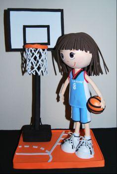 Fofucha Club de Baloncesto Cluny personalizada en goma eva. ¡Si quieres hacer un regalo original solo tienes que preguntar!