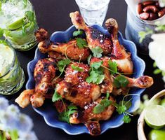 Sweet Chili Chicken, Party Buffet, Happy Foods, Tandoori Chicken, Chicken Wings, Love Food, Curry, Yummy Food, Sweets
