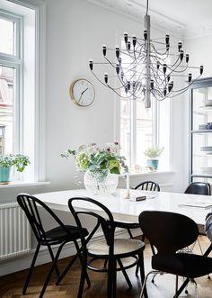 Скандинавский интерьер: 2 обычные квартиры в центре Стокгольма. Простота и удобство в первой квартире, стиль и дизайн во второй квартире
