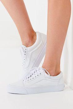 online retailer bc53a 9b7d9 Slide View  1  Vans Old Skool Leather Sneaker Vans Old Skool, Vans Shop